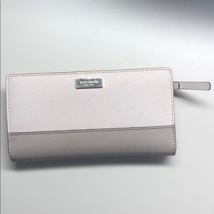 Kate spade wallet white and grey